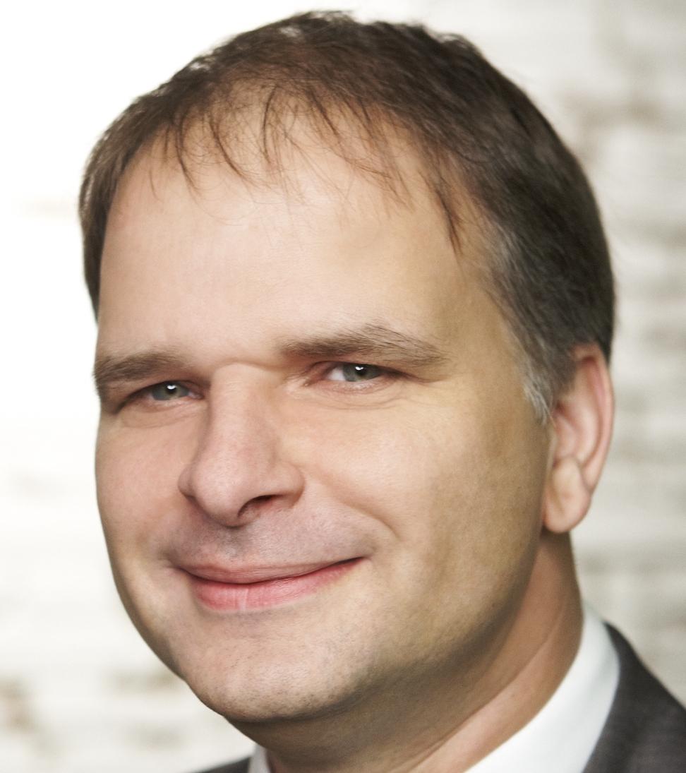 <b>...</b> ich <b>Olaf Dierich</b> dafür gewinnen, einige Fragen hierzu zu beantworten. - passbild2